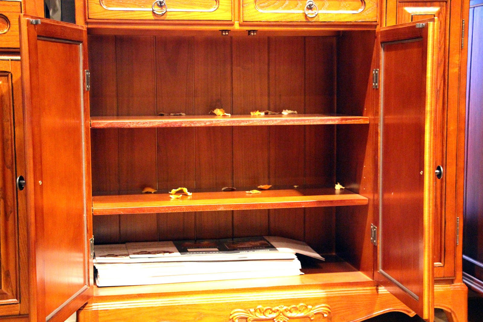 红橡木家具图片_促销:月亮庄园美式家具白蜡木鞋柜促销3300元-集美家居资讯